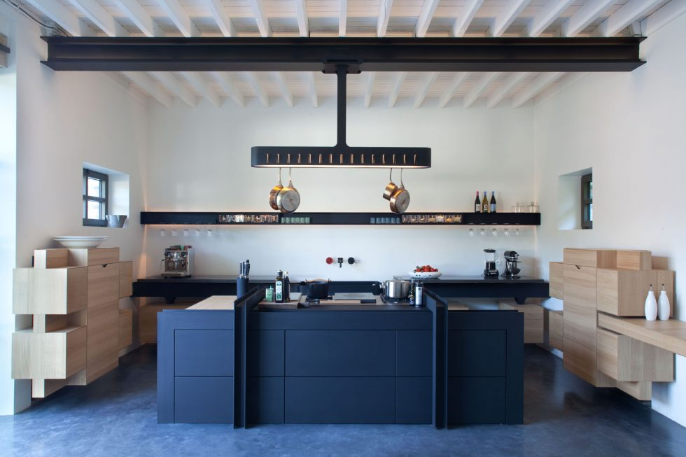 Kitchen design Roderick Vos for Château de la Resle, luxury hotel in burgundy france